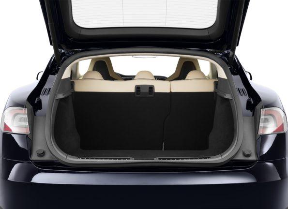 trunk-liftgate-area